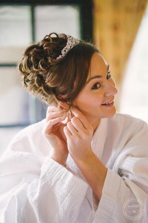 301015 Leez Priory Wedding Photographer 008