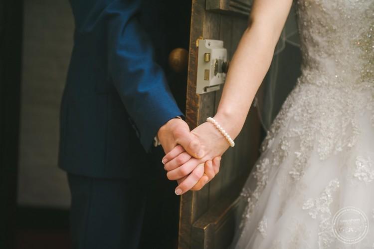 301015 Leez Priory Wedding Photographer 024