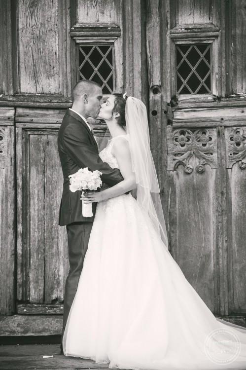 301015 Leez Priory Wedding Photographer 054