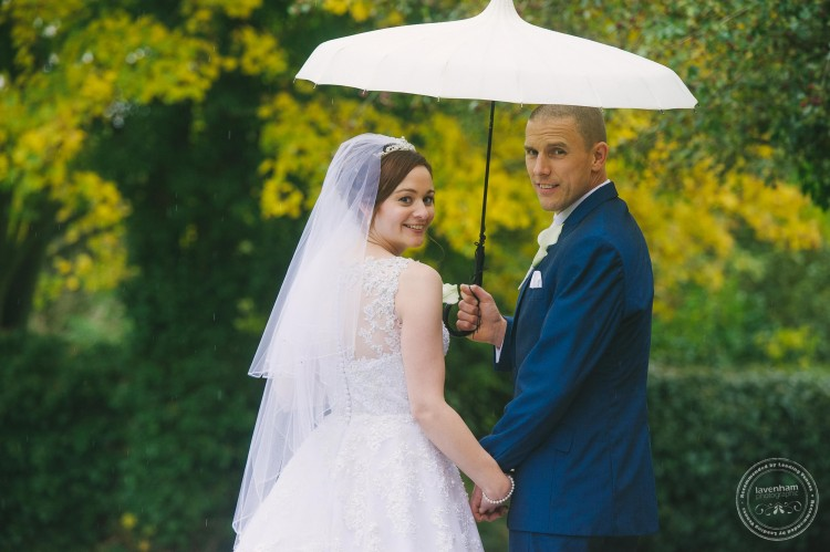 301015 Leez Priory Wedding Photographer 059