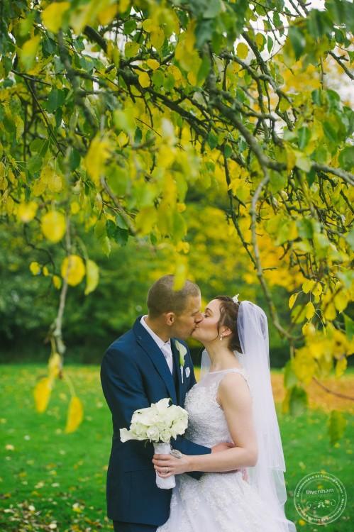 301015 Leez Priory Wedding Photographer 079