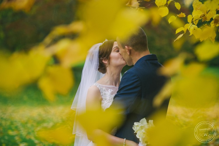 301015 Leez Priory Wedding Photographer 089