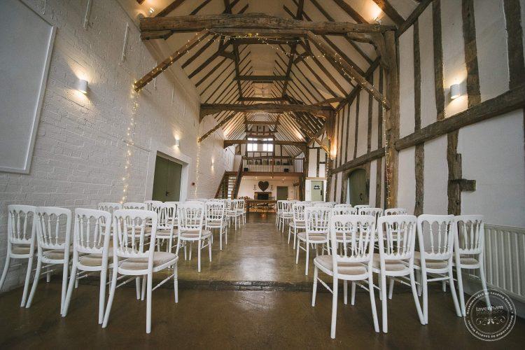 310516 Dove Barn Wedding Photographer Suffolk 001