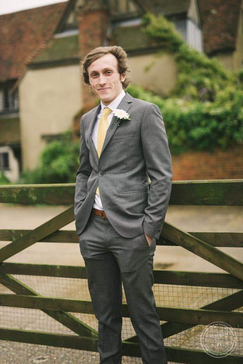 310516 Dove Barn Wedding Photographer Suffolk 004