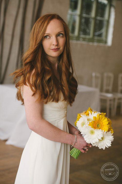 310516 Dove Barn Wedding Photographer Suffolk 012