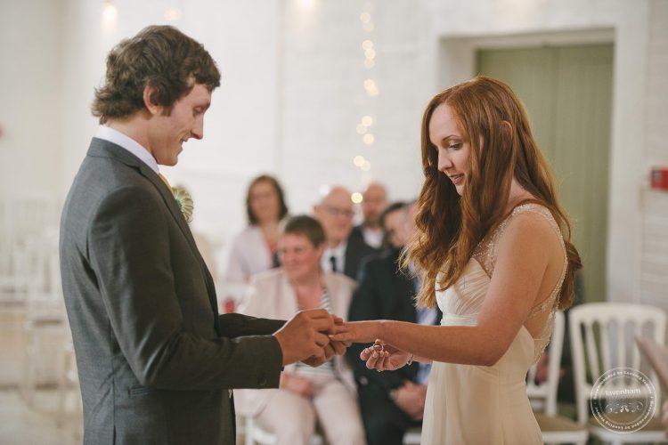 310516 Dove Barn Wedding Photographer Suffolk 020