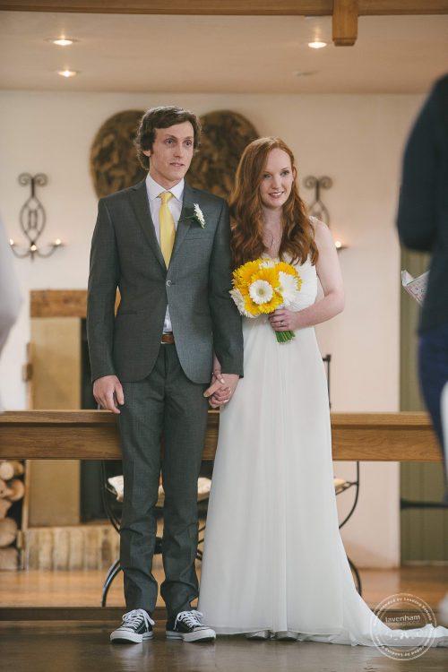 310516 Dove Barn Wedding Photographer Suffolk 028