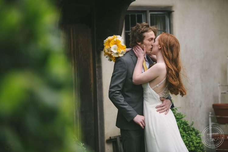310516 Dove Barn Wedding Photographer Suffolk 038
