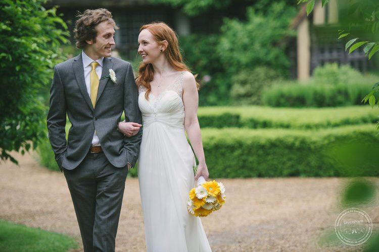 310516 Dove Barn Wedding Photographer Suffolk 054