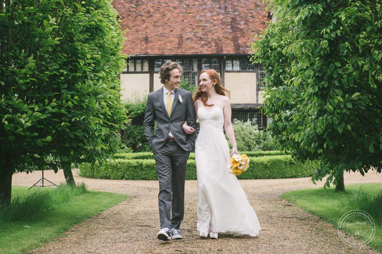 310516 Dove Barn Wedding Photographer Suffolk 056