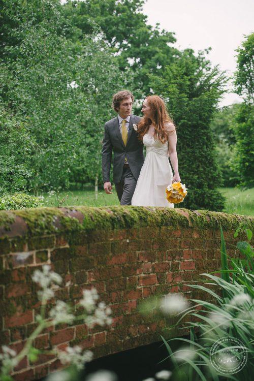 310516 Dove Barn Wedding Photographer Suffolk 059
