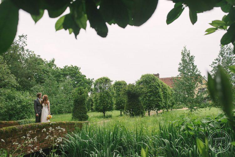310516 Dove Barn Wedding Photographer Suffolk 060