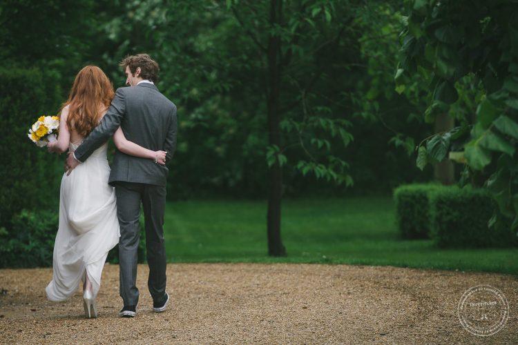310516 Dove Barn Wedding Photographer Suffolk 067