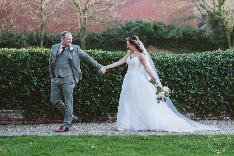 010220 Leez Priory Wedding Photographer 083