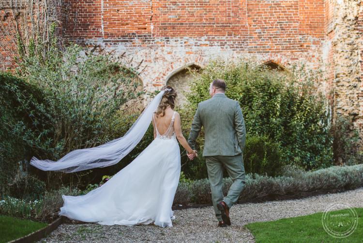 010220 Leez Priory Wedding Photographer 084