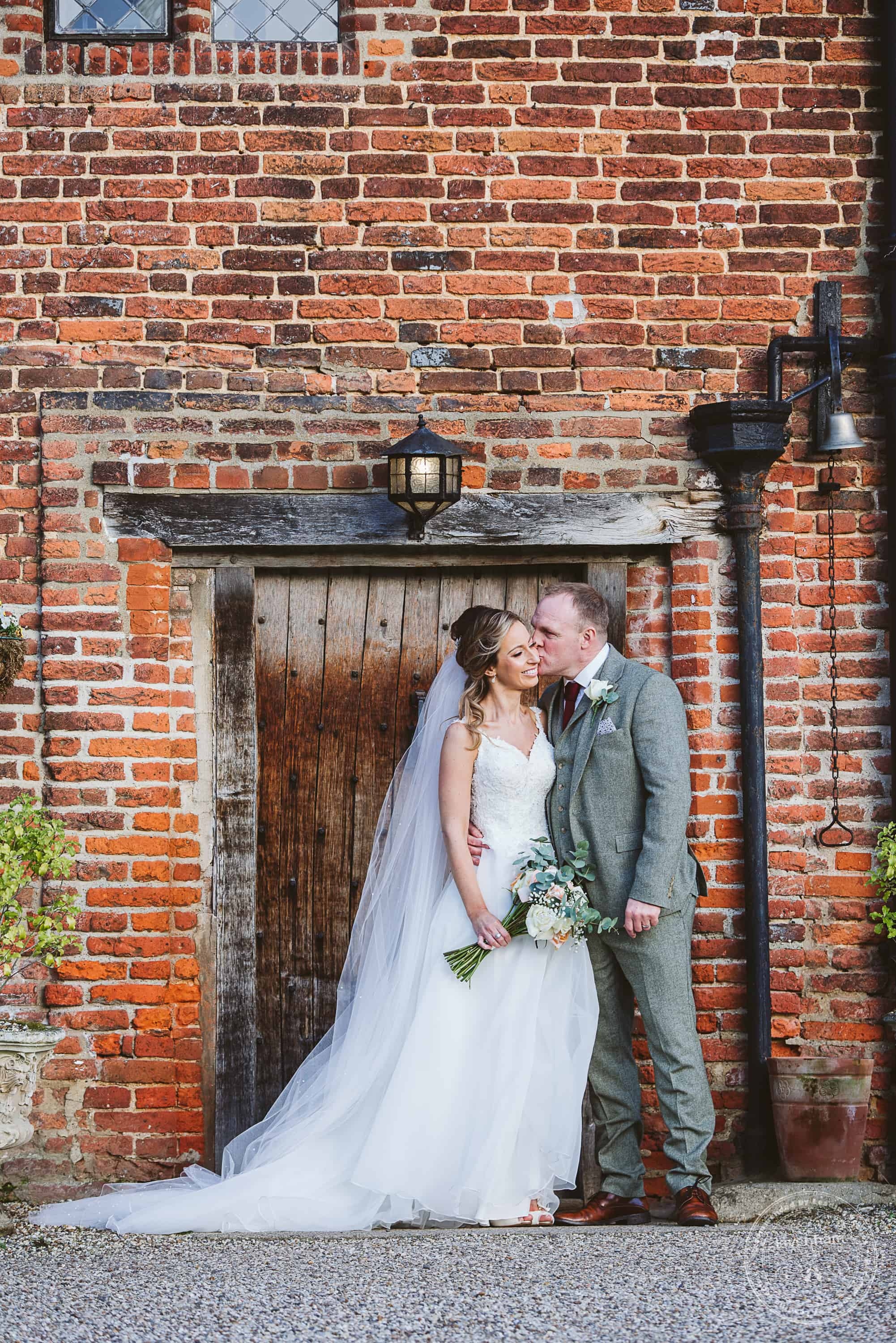 010220 Leez Priory Wedding Photographer 116