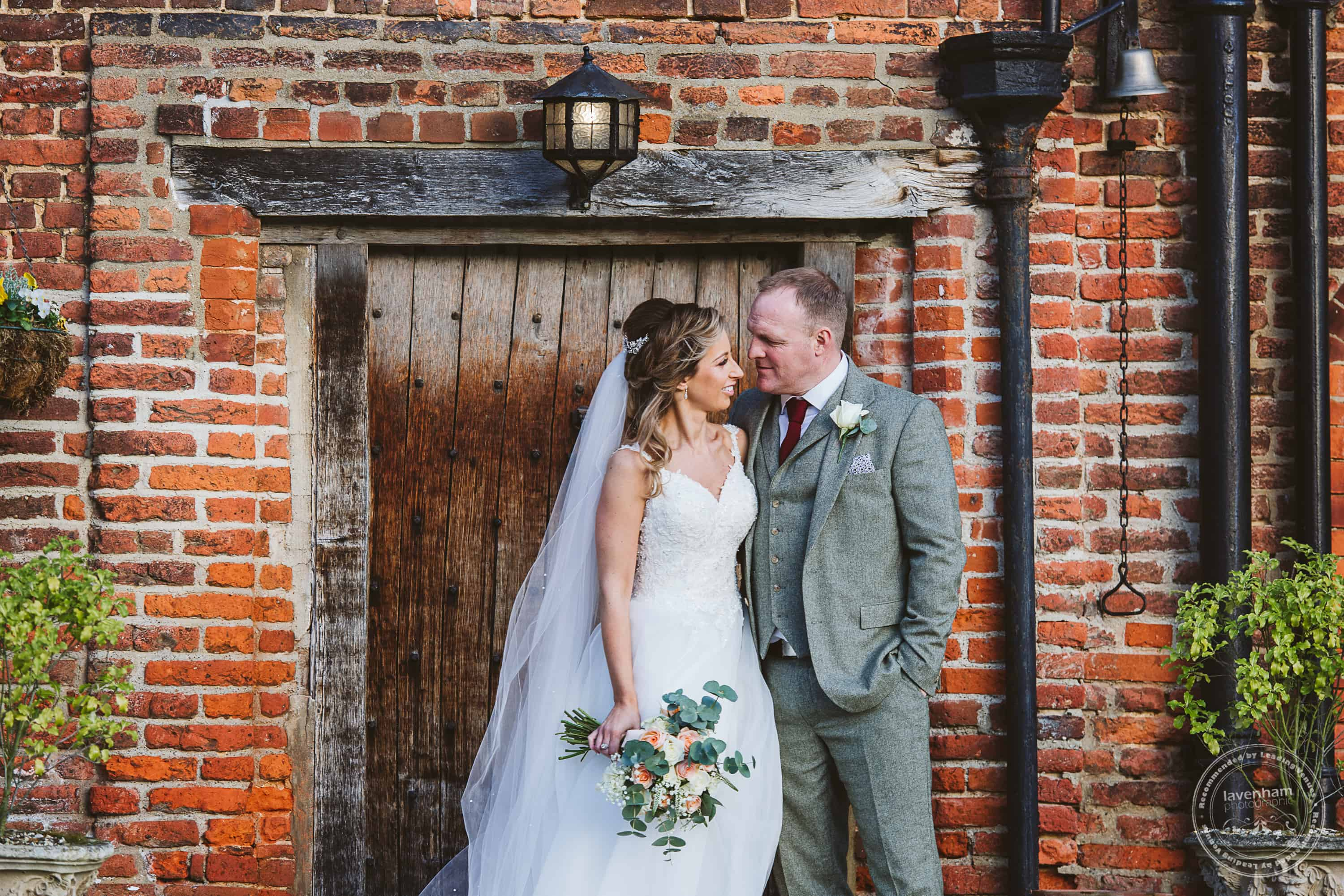 010220 Leez Priory Wedding Photographer 118