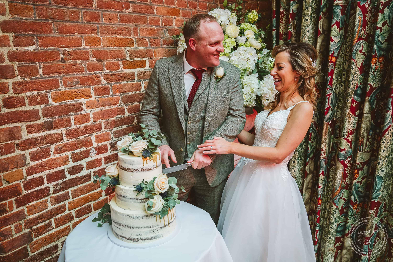 010220 Leez Priory Wedding Photographer 135