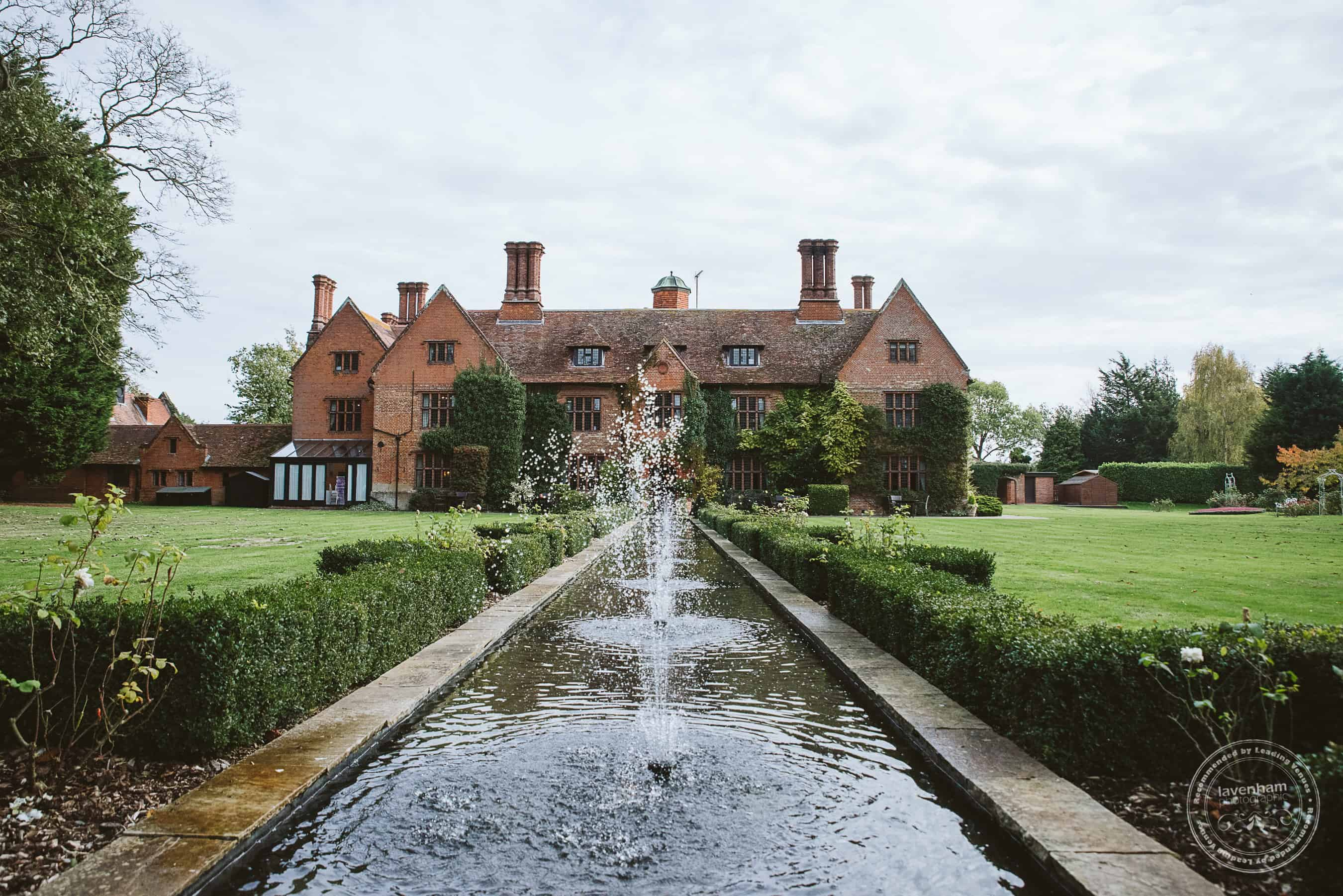 041118 Woodhall Manor Wedding Photography by Lavenham Photographic 006