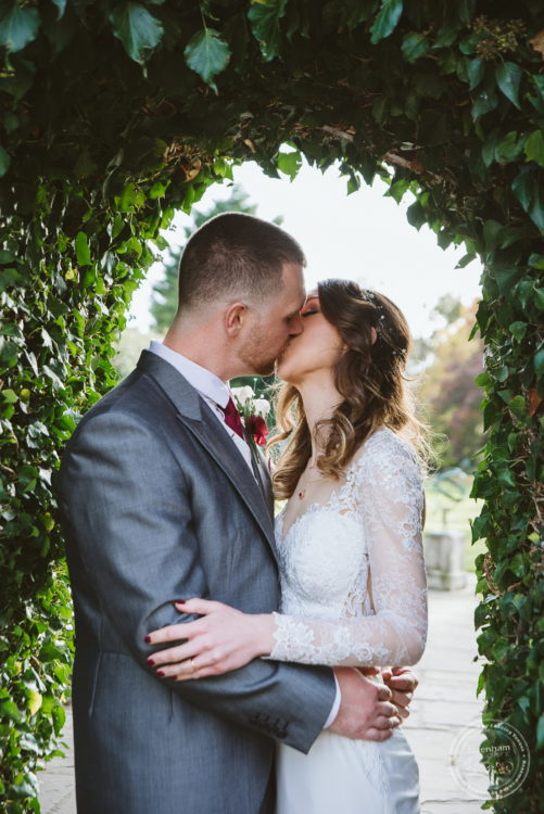041118 Woodhall Manor Wedding Photography by Lavenham Photographic 069