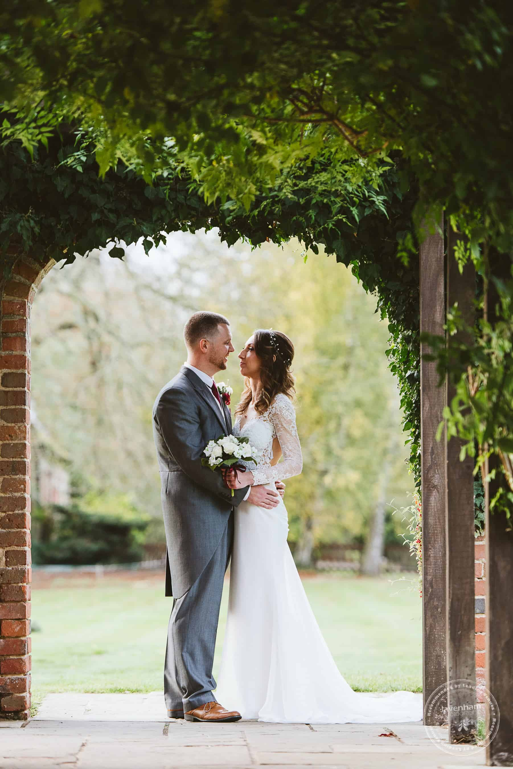 041118 Woodhall Manor Wedding Photography by Lavenham Photographic 089