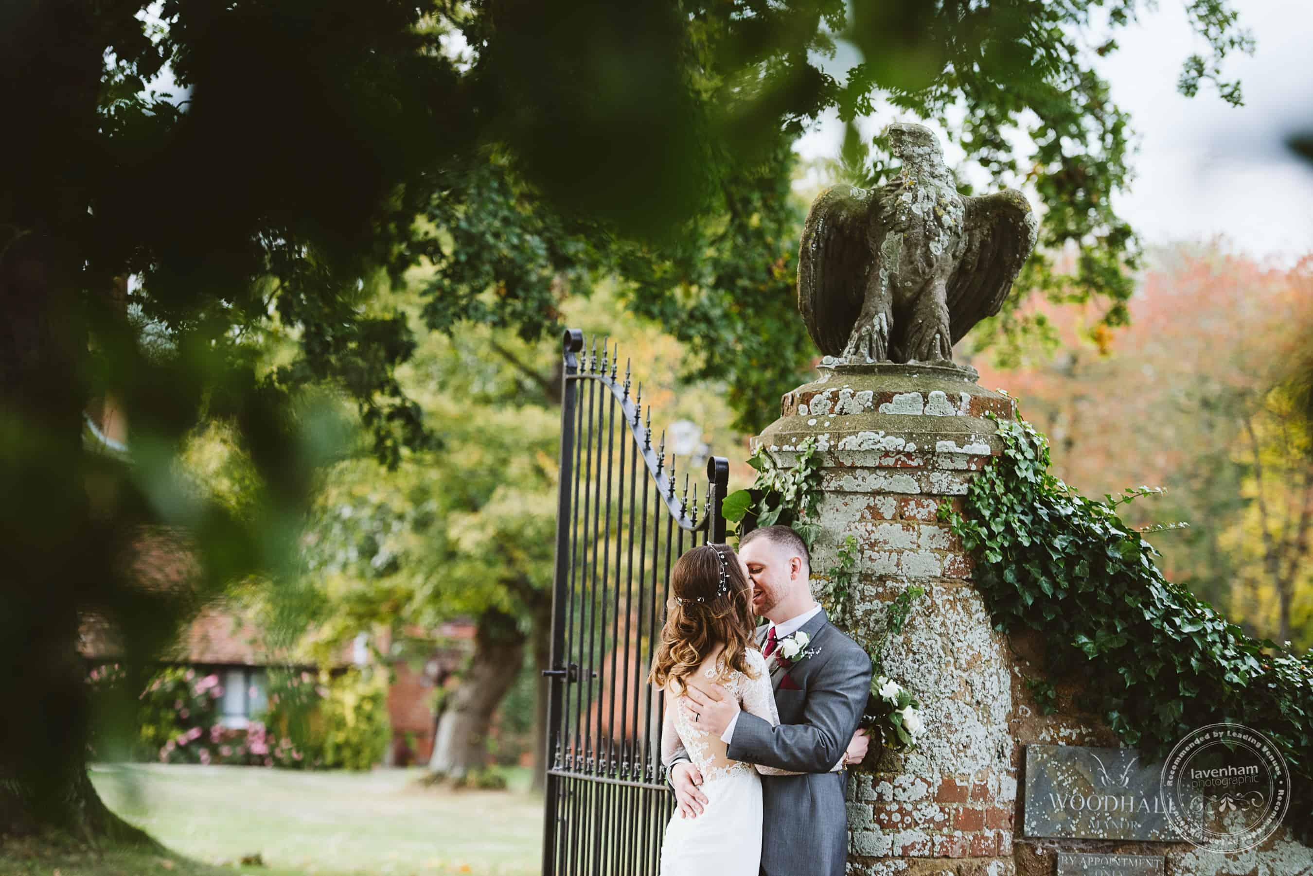 041118 Woodhall Manor Wedding Photography by Lavenham Photographic 094