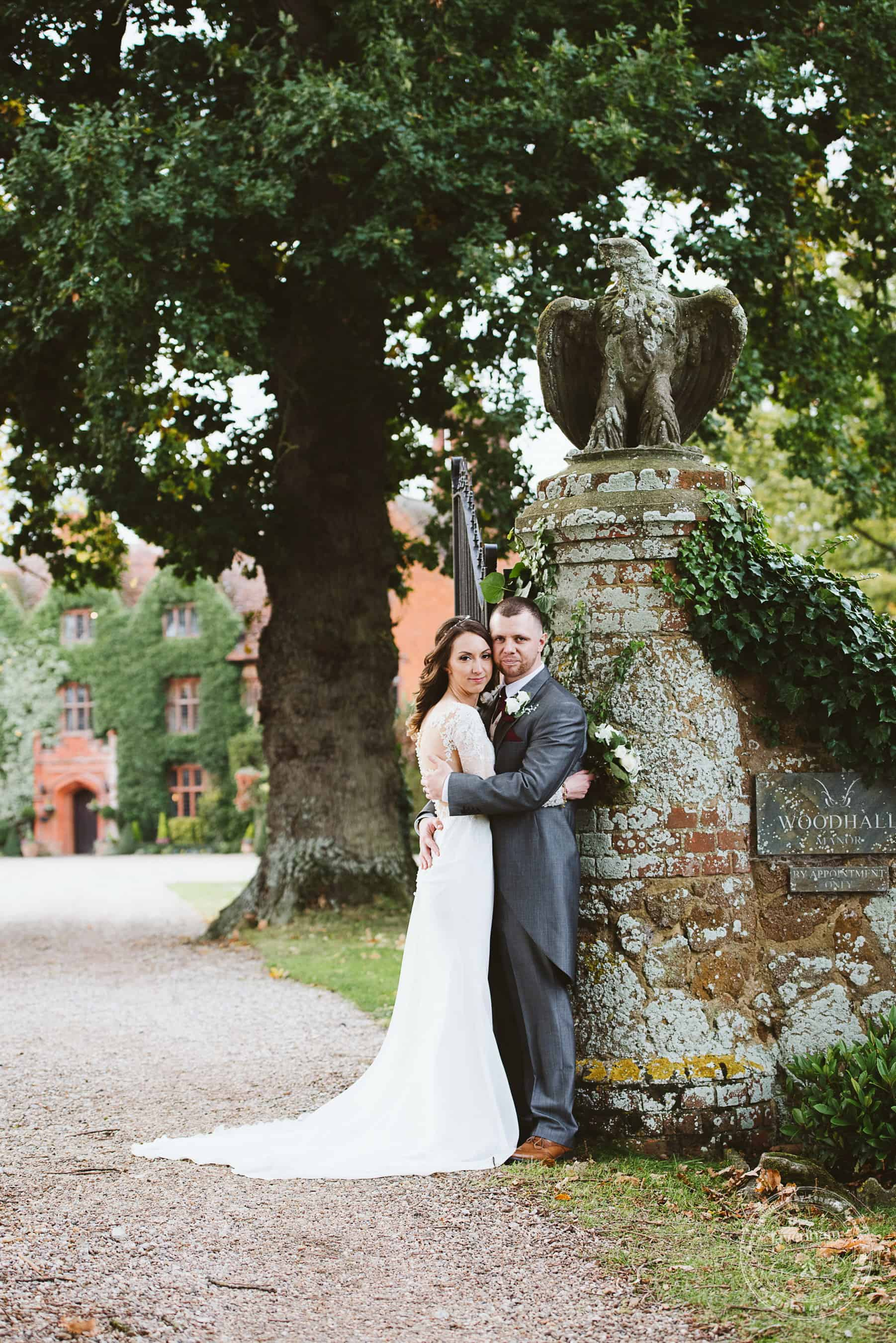 041118 Woodhall Manor Wedding Photography by Lavenham Photographic 095