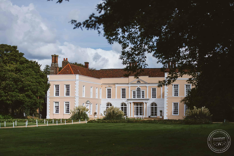 051019 Hintlesham Hall Wedding Photography 001