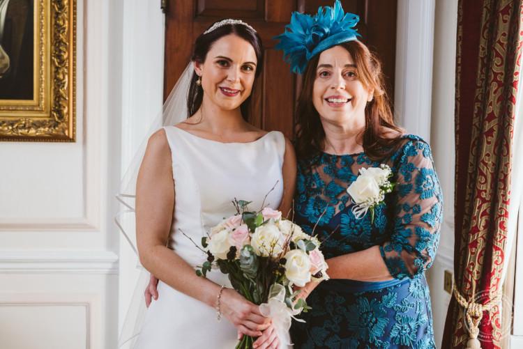051019 Hintlesham Hall Wedding Photography 050