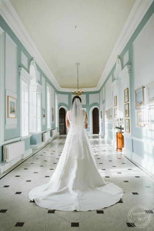 051019 Hintlesham Hall Wedding Photography 053