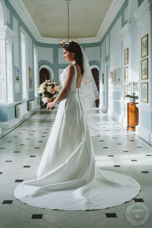 051019 Hintlesham Hall Wedding Photography 055