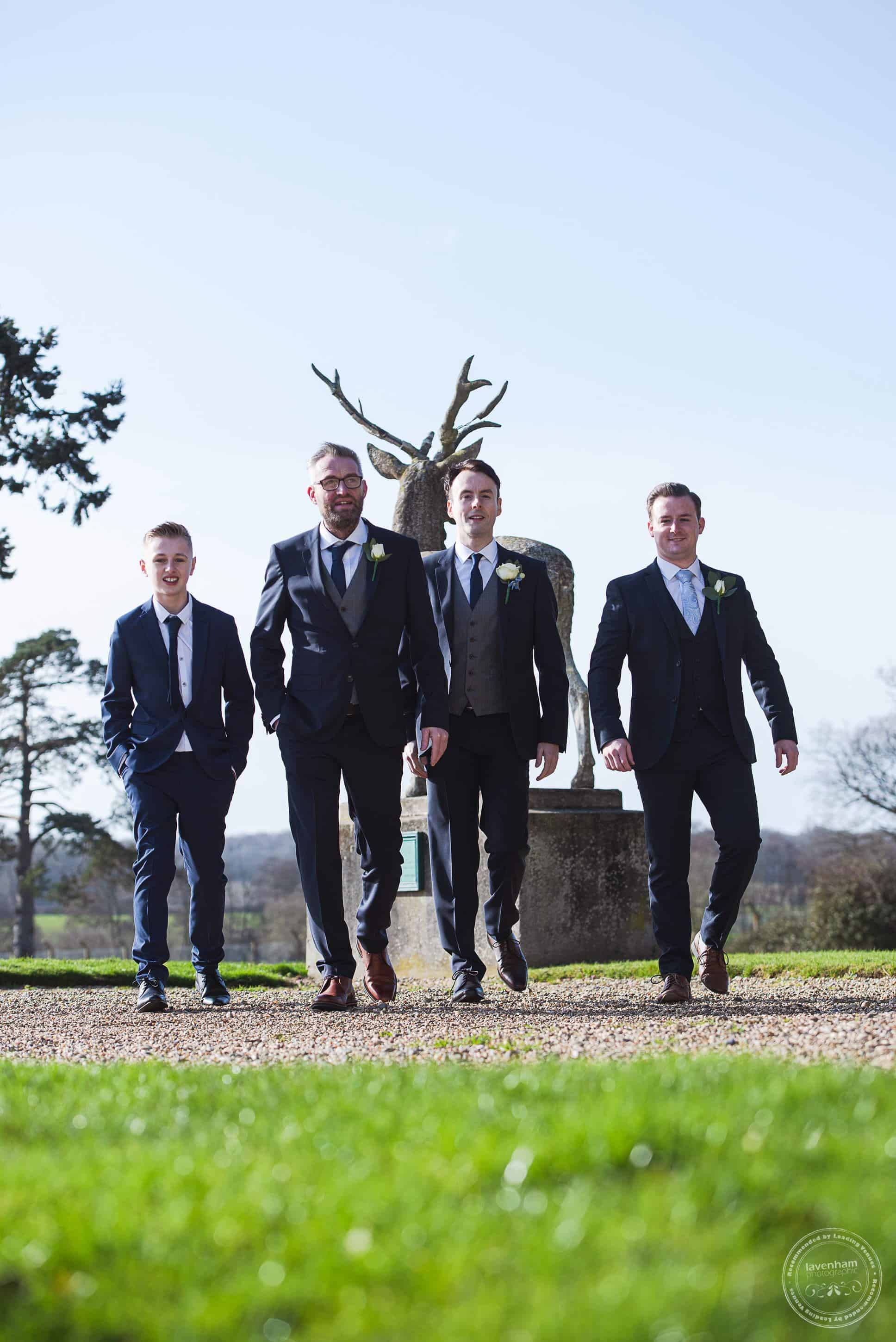 100220 Gosfield Hall Wedding Photographer 011