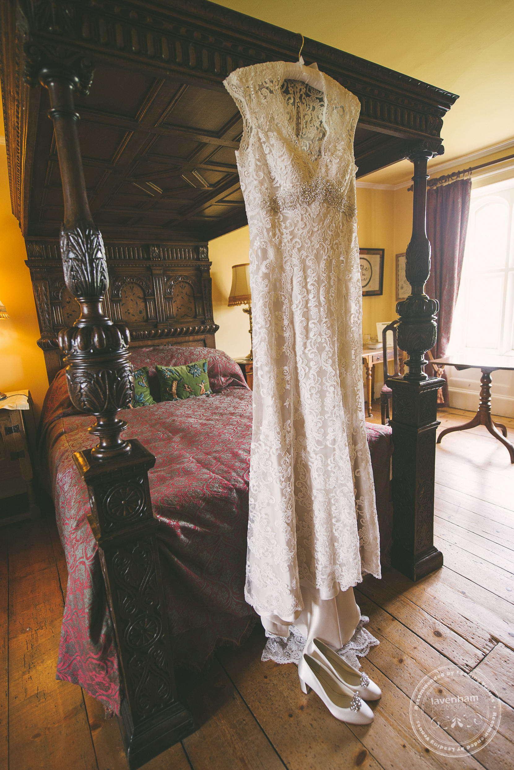 180715-kentwell-hall-wedding-photographer-005