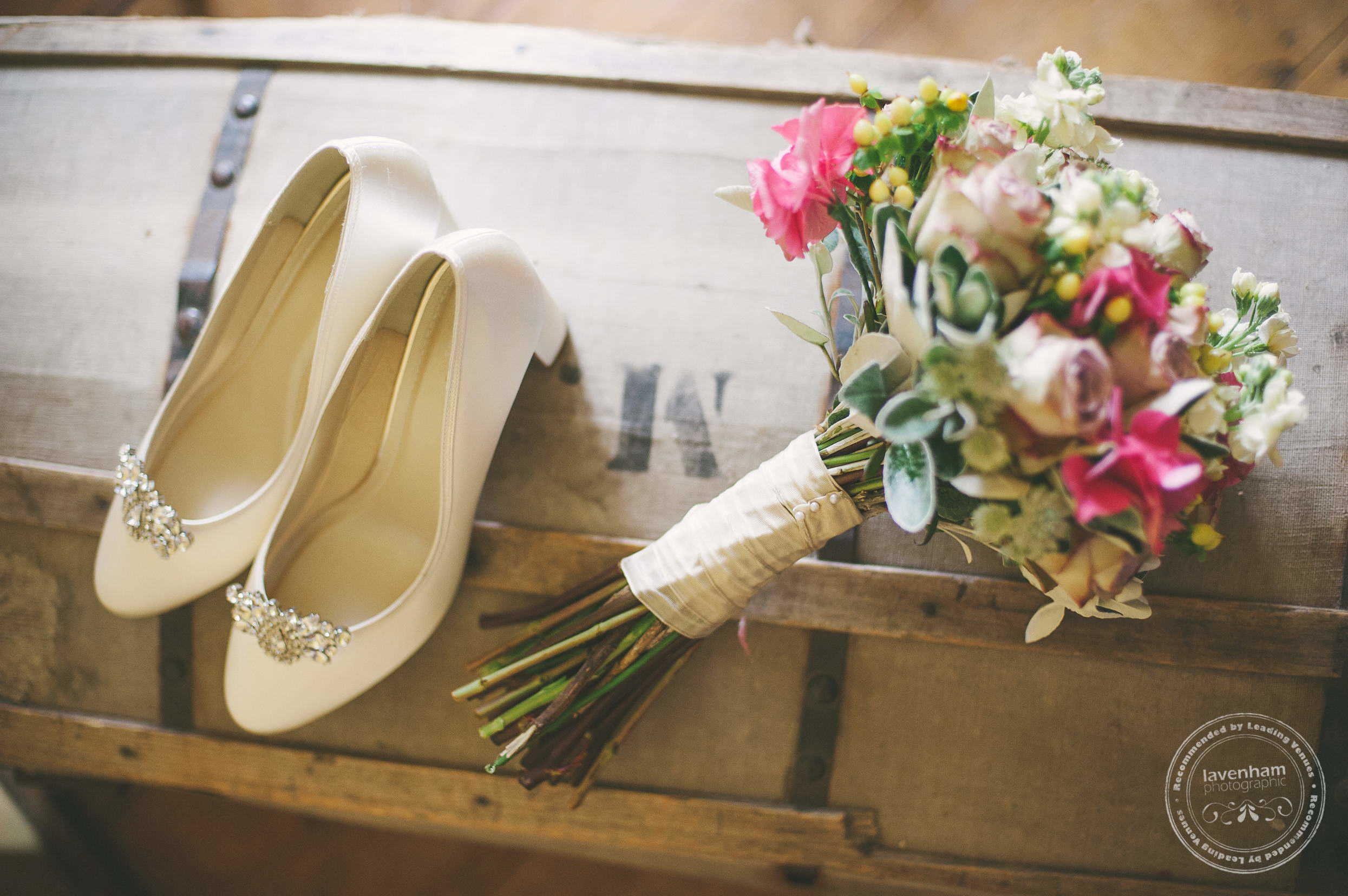 180715-kentwell-hall-wedding-photographer-006