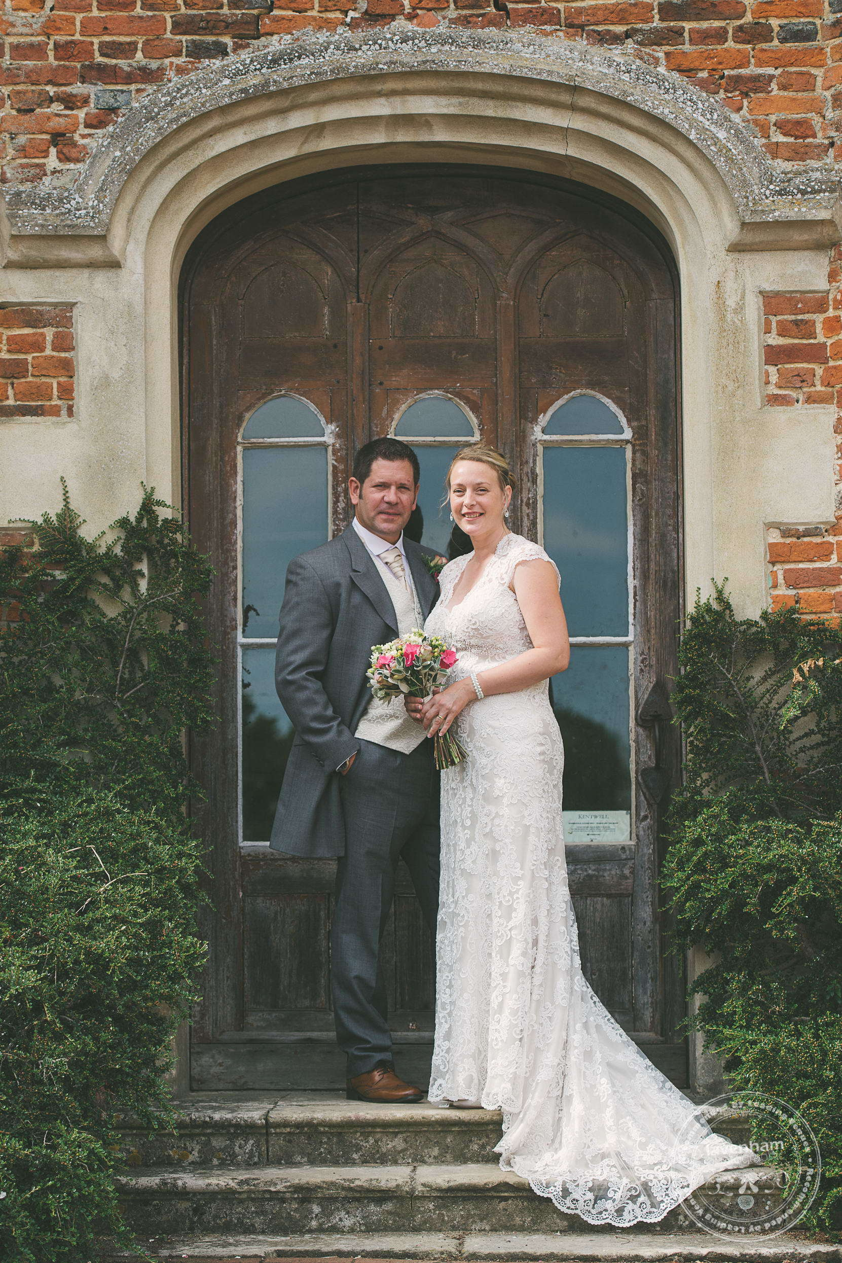 180715-kentwell-hall-wedding-photographer-017