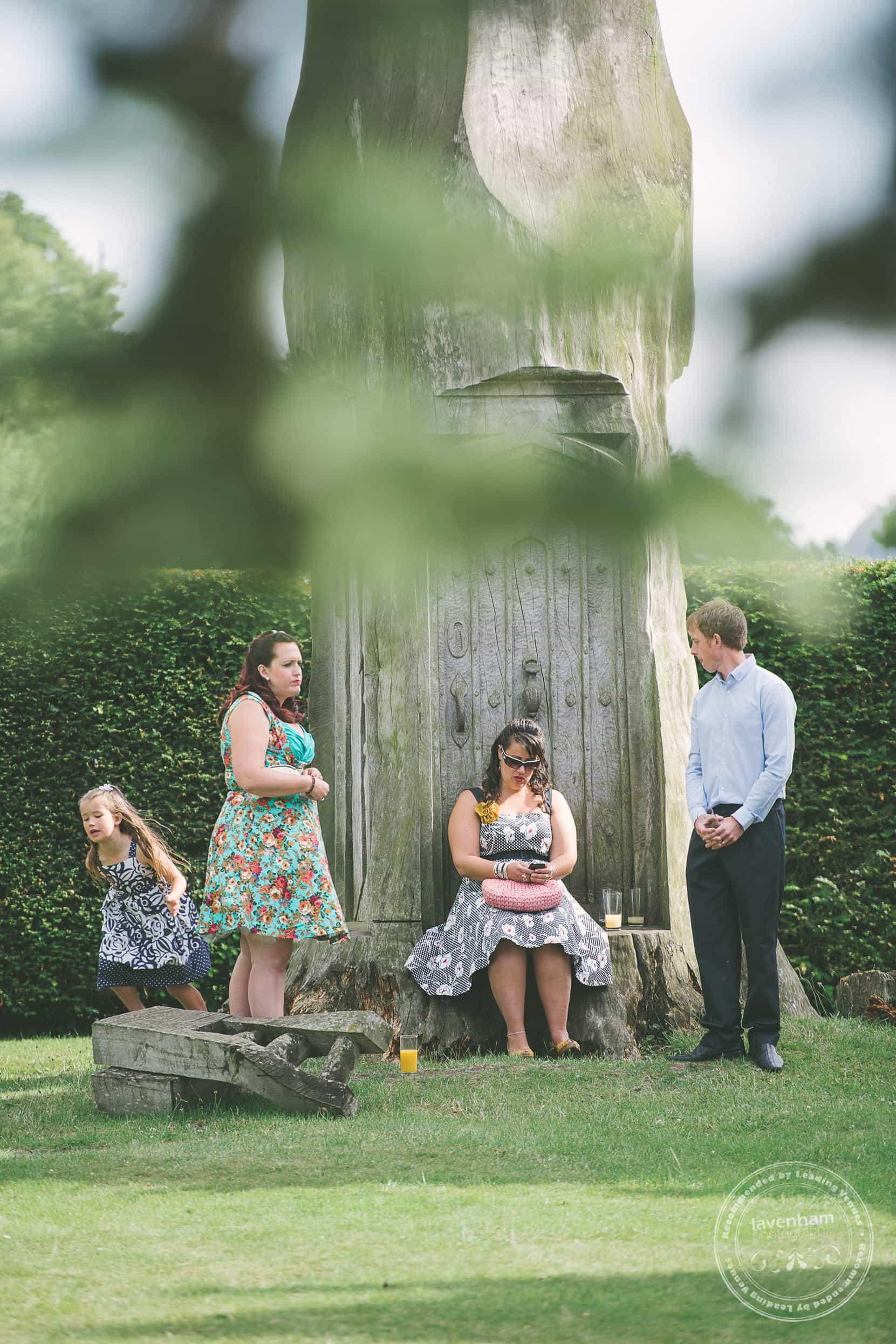 180715-kentwell-hall-wedding-photographer-019