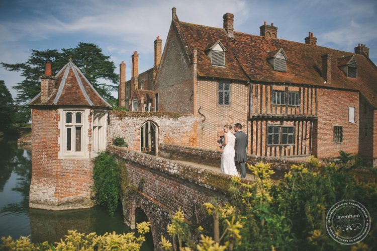 180715-kentwell-hall-wedding-photographer-037