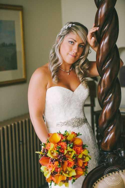 Bridal portrait at Woodhall Manor, Suffolk. Photography by Lavenham Photographic