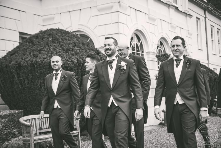 220919 Gosfield Hall Wedding Photographer 035