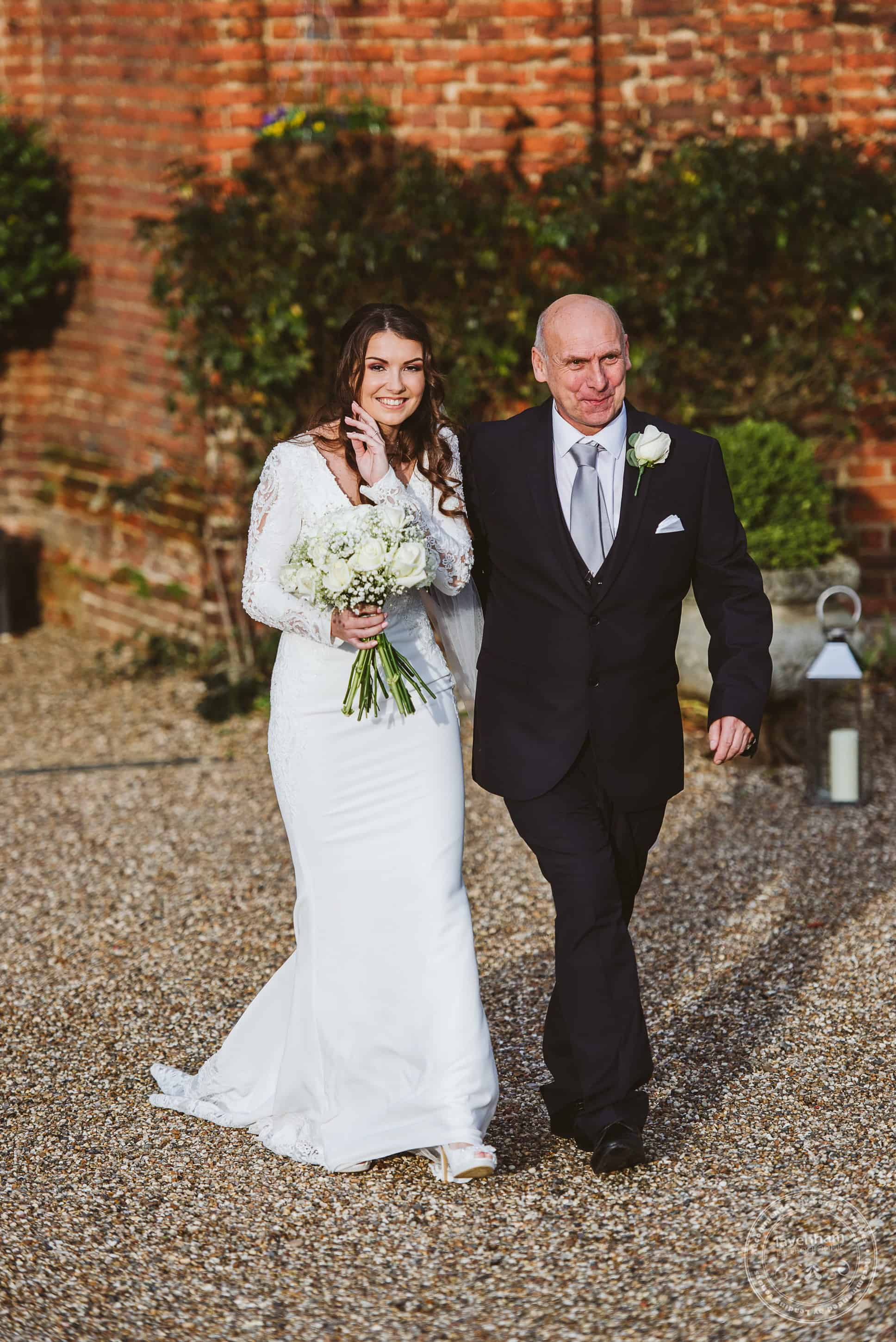 221219 Leez Priory Wedding Photoraphy 049
