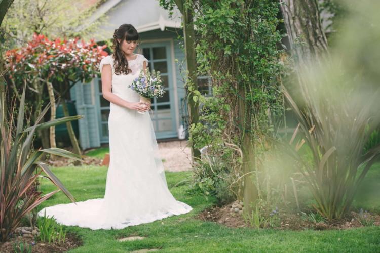 230416 Essex Wedding Photography Baddow Gallerywood 012