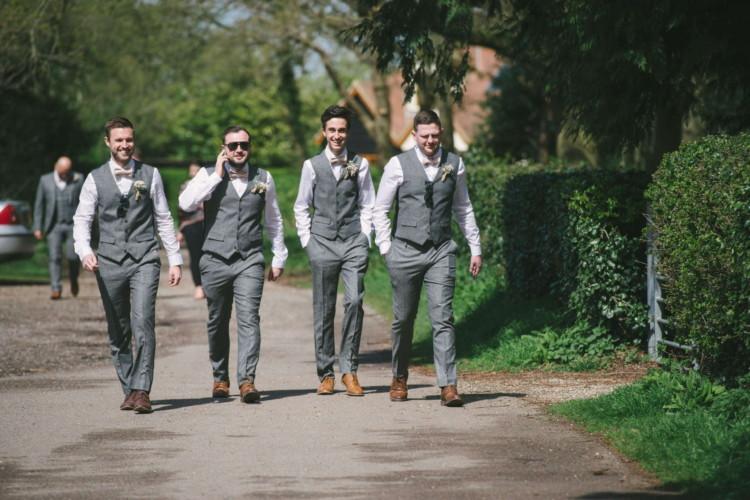 230416 Essex Wedding Photography Baddow Gallerywood 021
