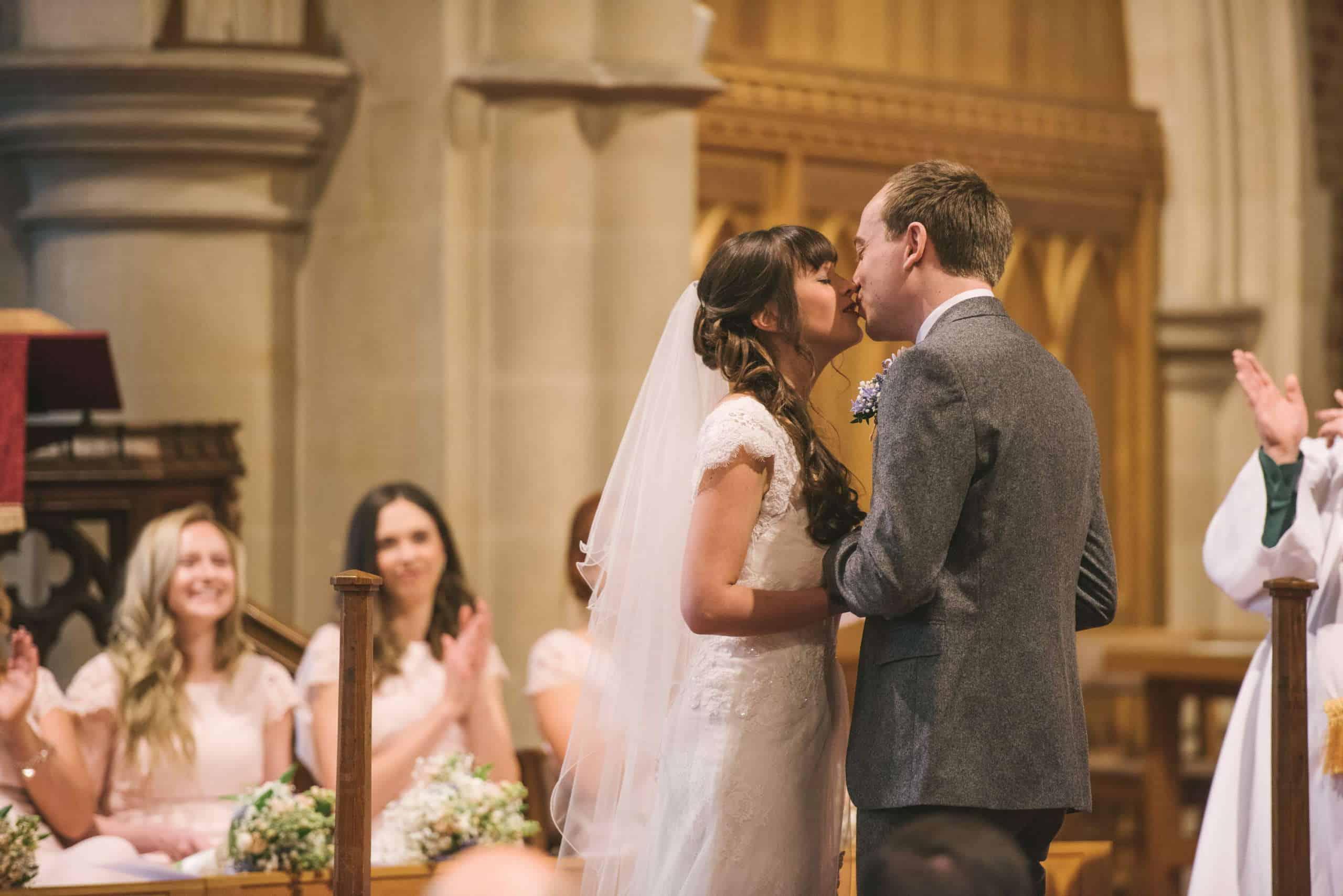 230416 Essex Wedding Photography Baddow Gallerywood 034