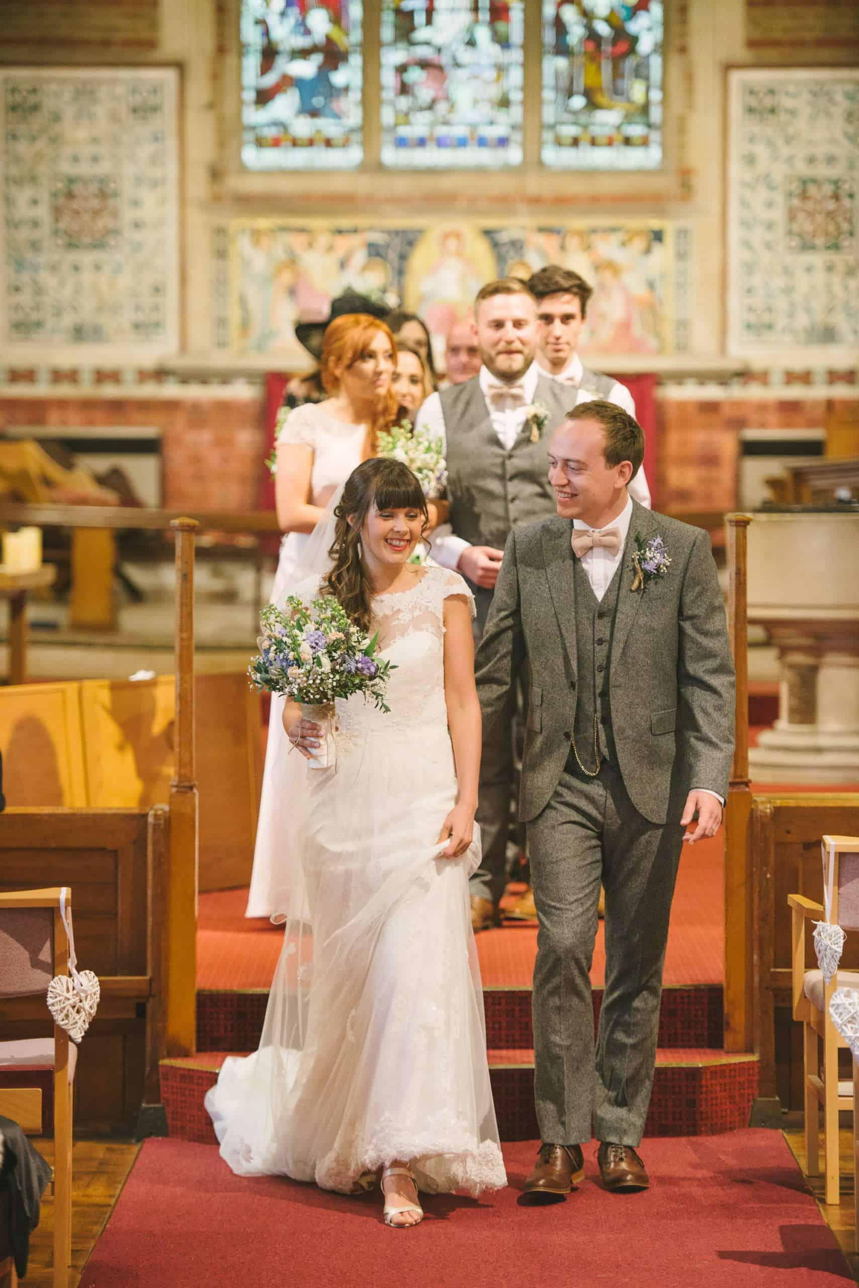 230416 Essex Wedding Photography Baddow Gallerywood 044