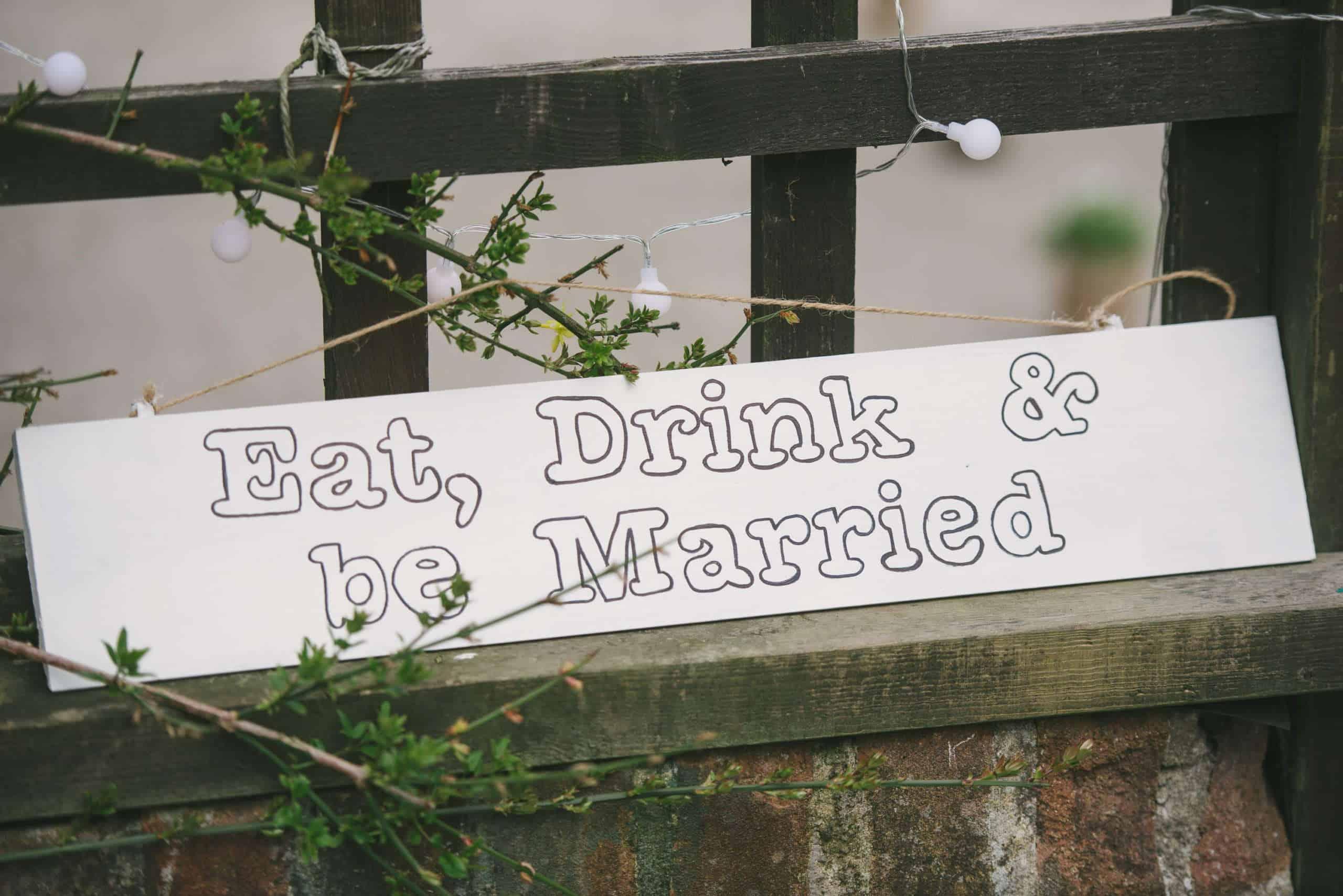 230416 Essex Wedding Photography Baddow Gallerywood 056