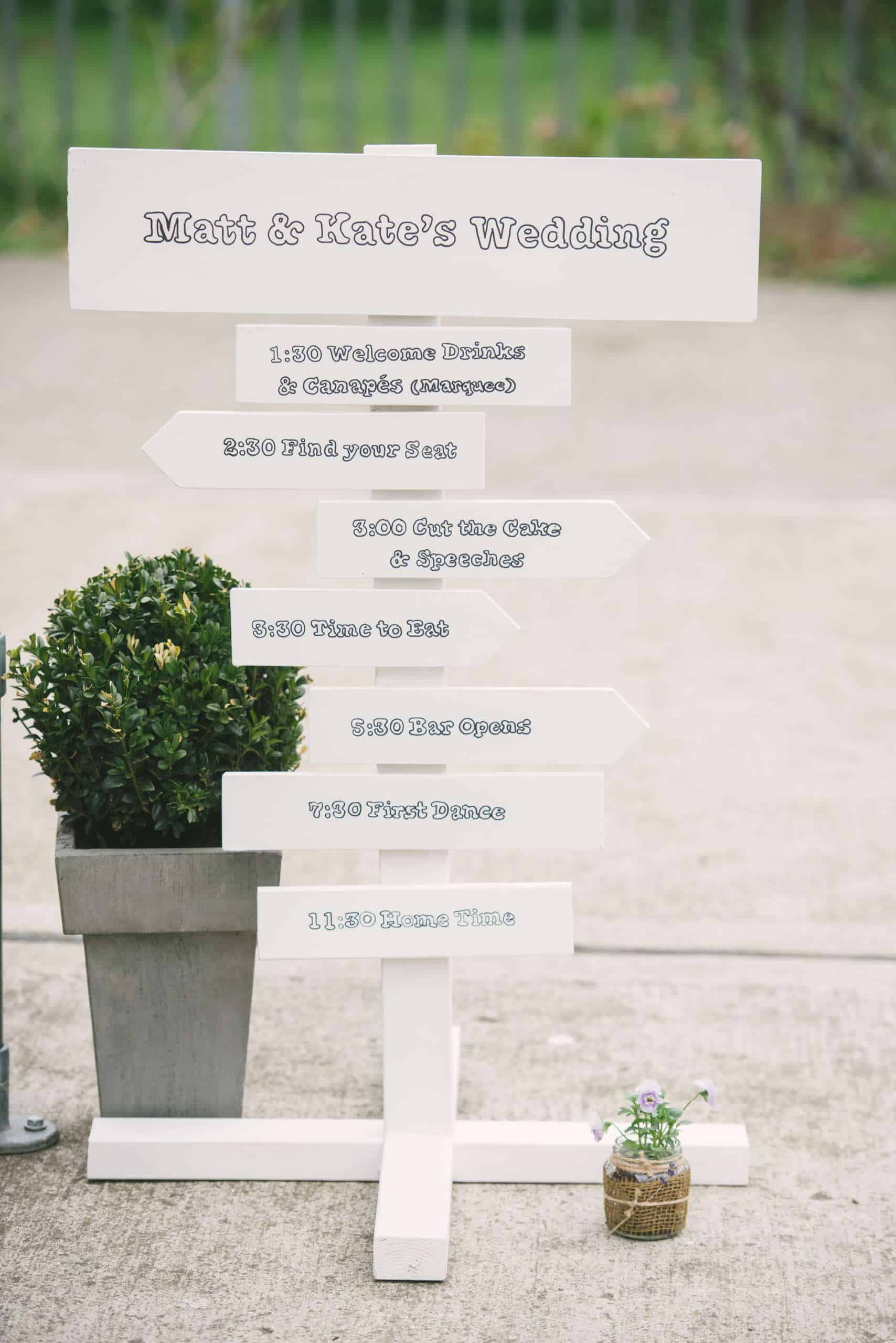 230416 Essex Wedding Photography Baddow Gallerywood 057