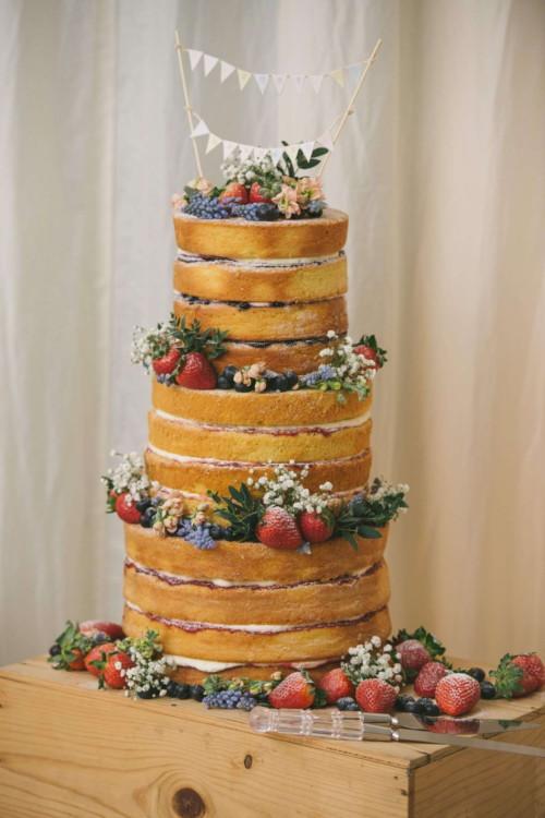 230416 Essex Wedding Photography Baddow Gallerywood 097