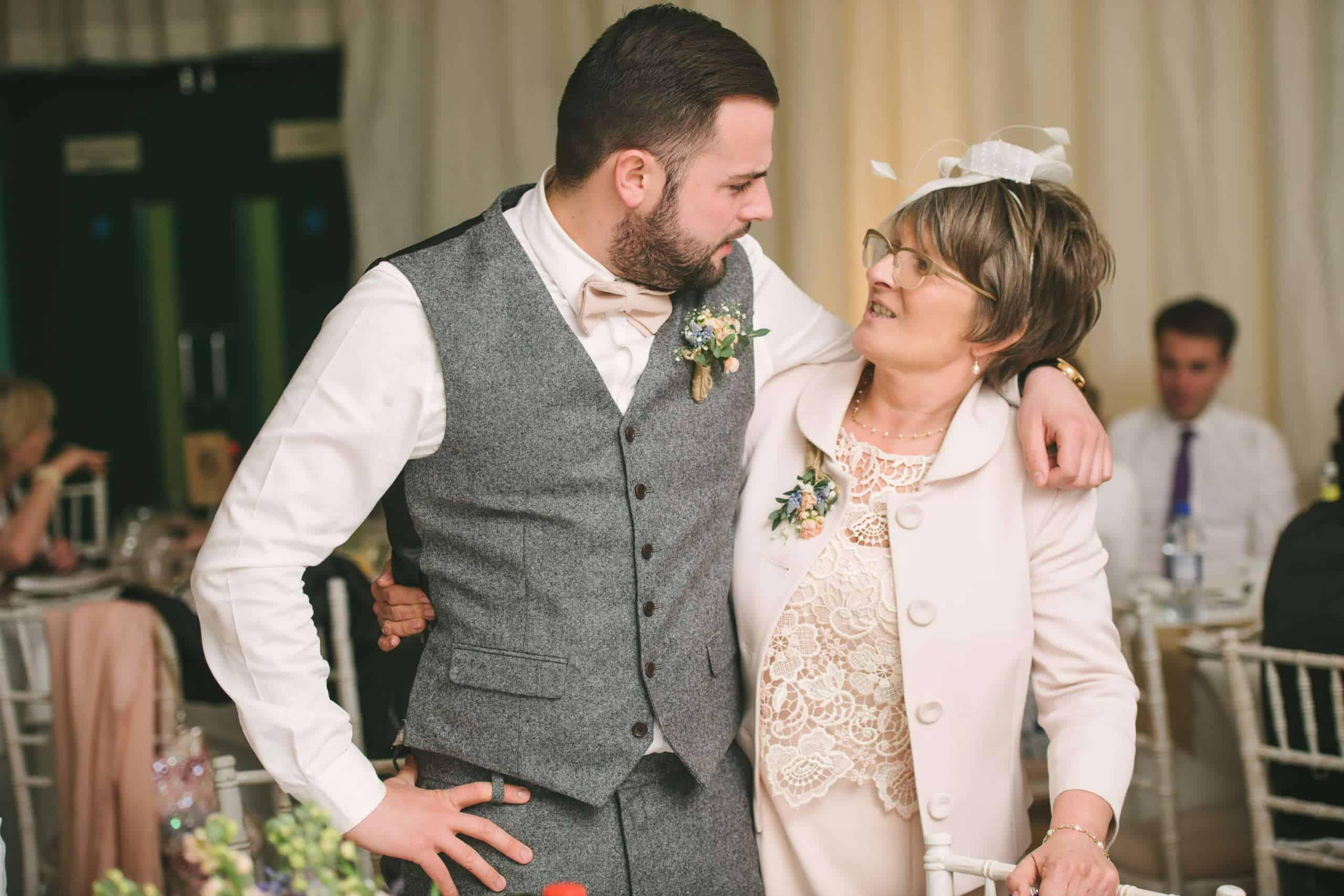 230416 Essex Wedding Photography Baddow Gallerywood 124