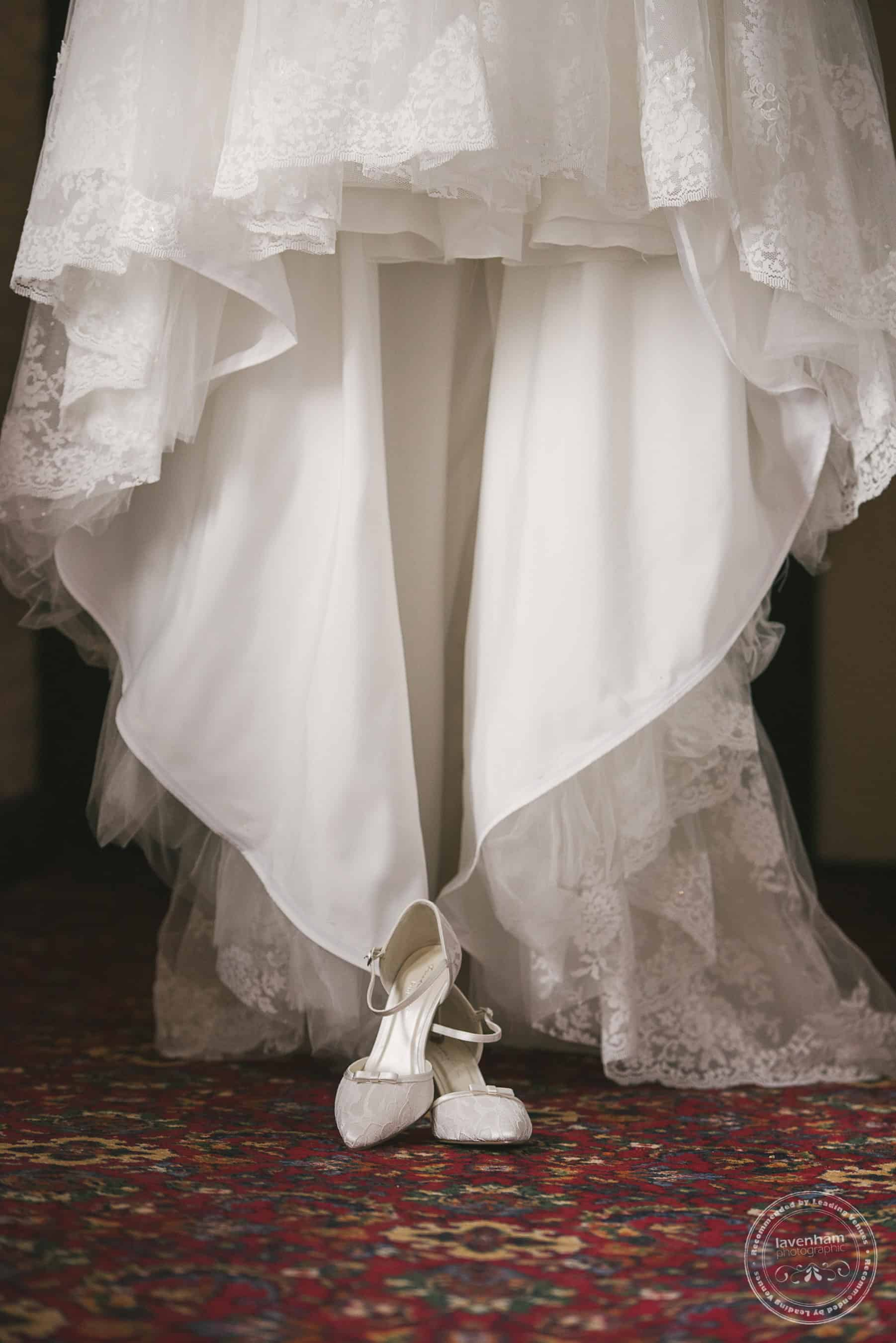 251118 Leez Priory Wedding Photography by Lavenham Photographic 005