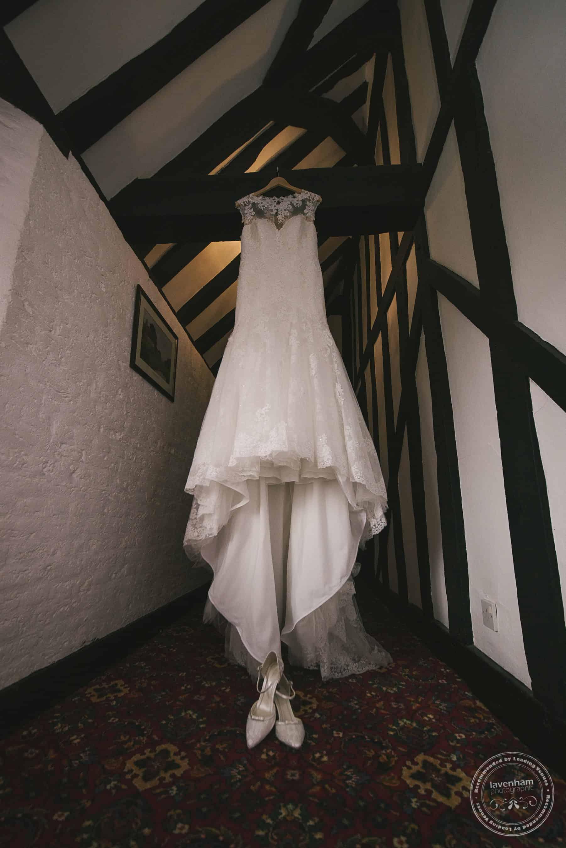 251118 Leez Priory Wedding Photography by Lavenham Photographic 006